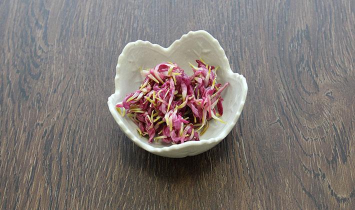 かきのもと(菊)の三杯酢